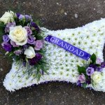 #### Pillow based with posies and ribbon 15